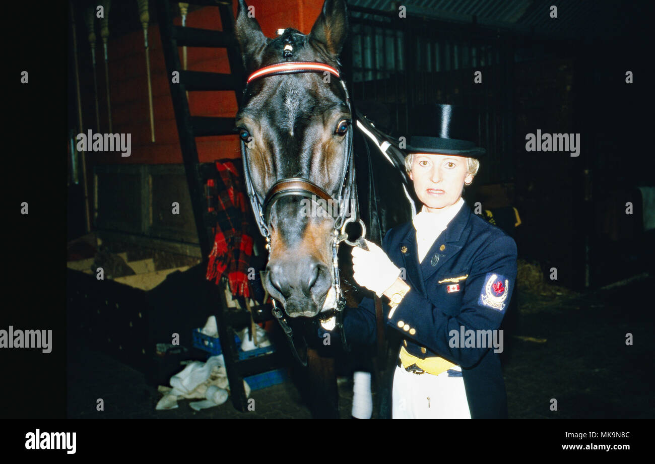 Eva Maria Pracht, Tochter von Josef Neckermann, mit ihrem Pferd, Kanada 1991. Eva Maria Pracht, daughter of Josef Neckermann, with her horse, Canada 1991. - Stock Image