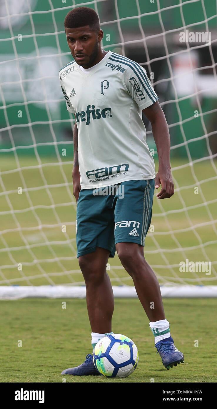 SÃO PAULO, SP - 07 05 2018: TREINO DO PALMEIRAS - Player