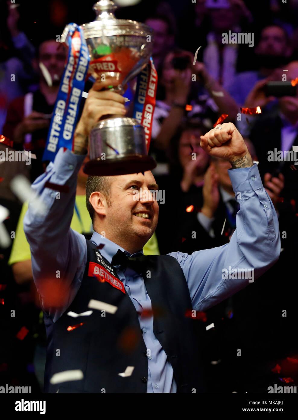 World Snooker Championship Stock Photos & World Snooker ...