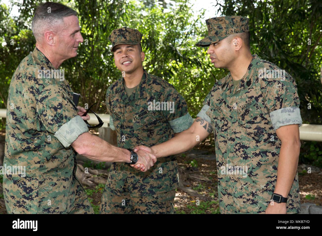 Brig Gen Christopher J Mahoney Stock Photos & Brig Gen