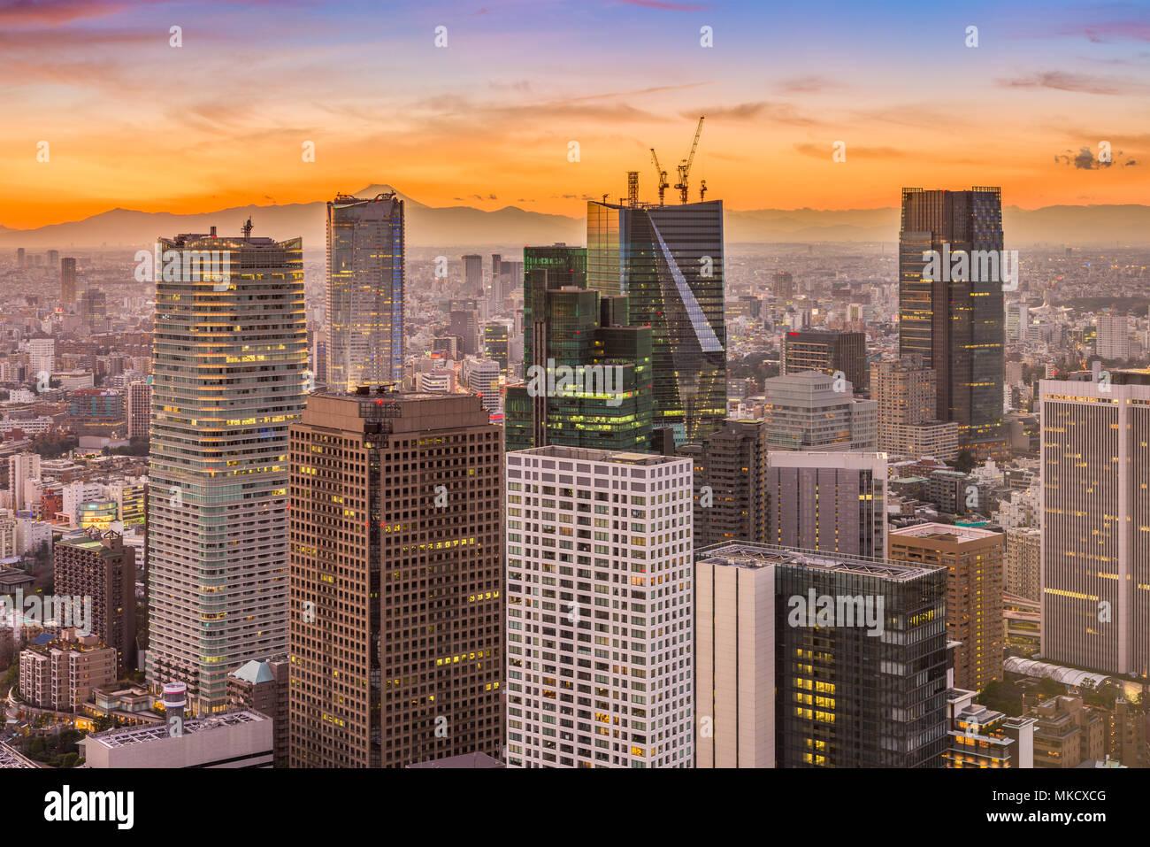 Tokyo, Japan financial buildings cityscape at dusk. - Stock Image