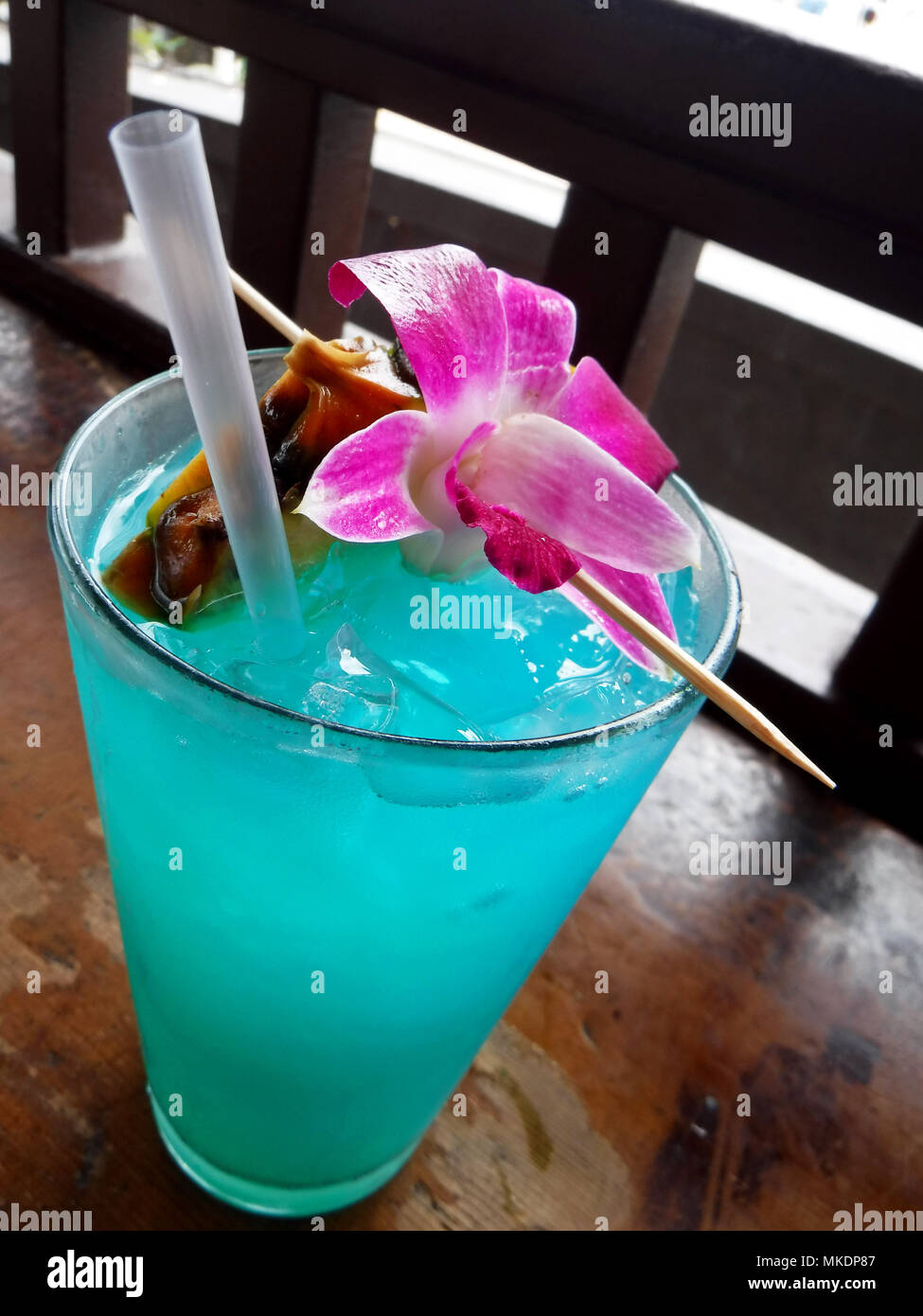 Cocktail drink with flower - Stock Image