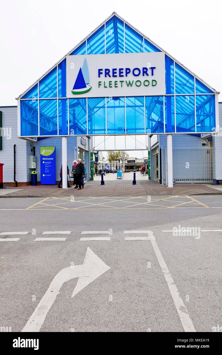 how to get to freeport outlet lisbon