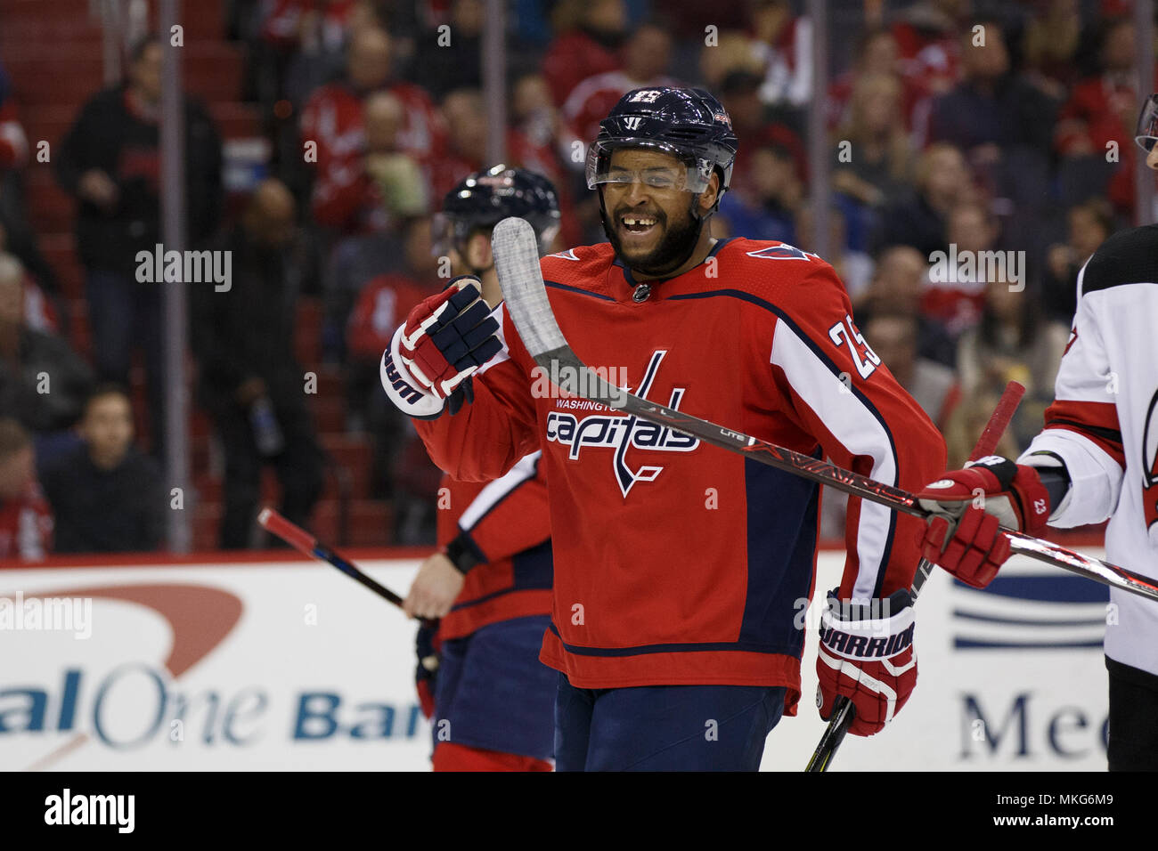 Washington Capitals right wing Devante Smith-Pelly (25) smiles during a  break in play. 1011a8cadbe
