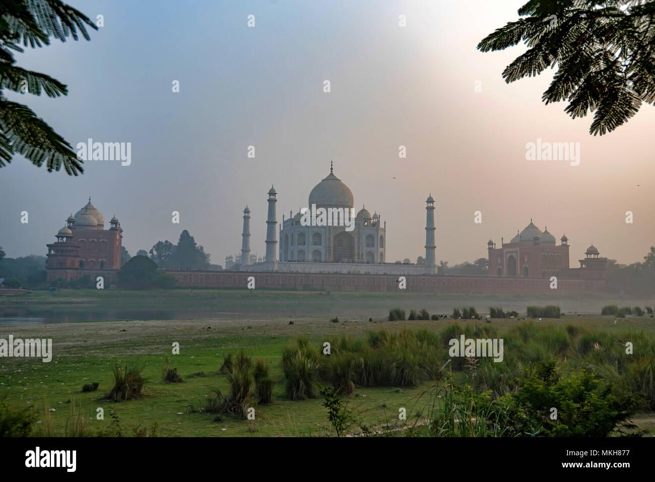 Taj Mahal scenic sunset view in Agra, India. - Stock Image