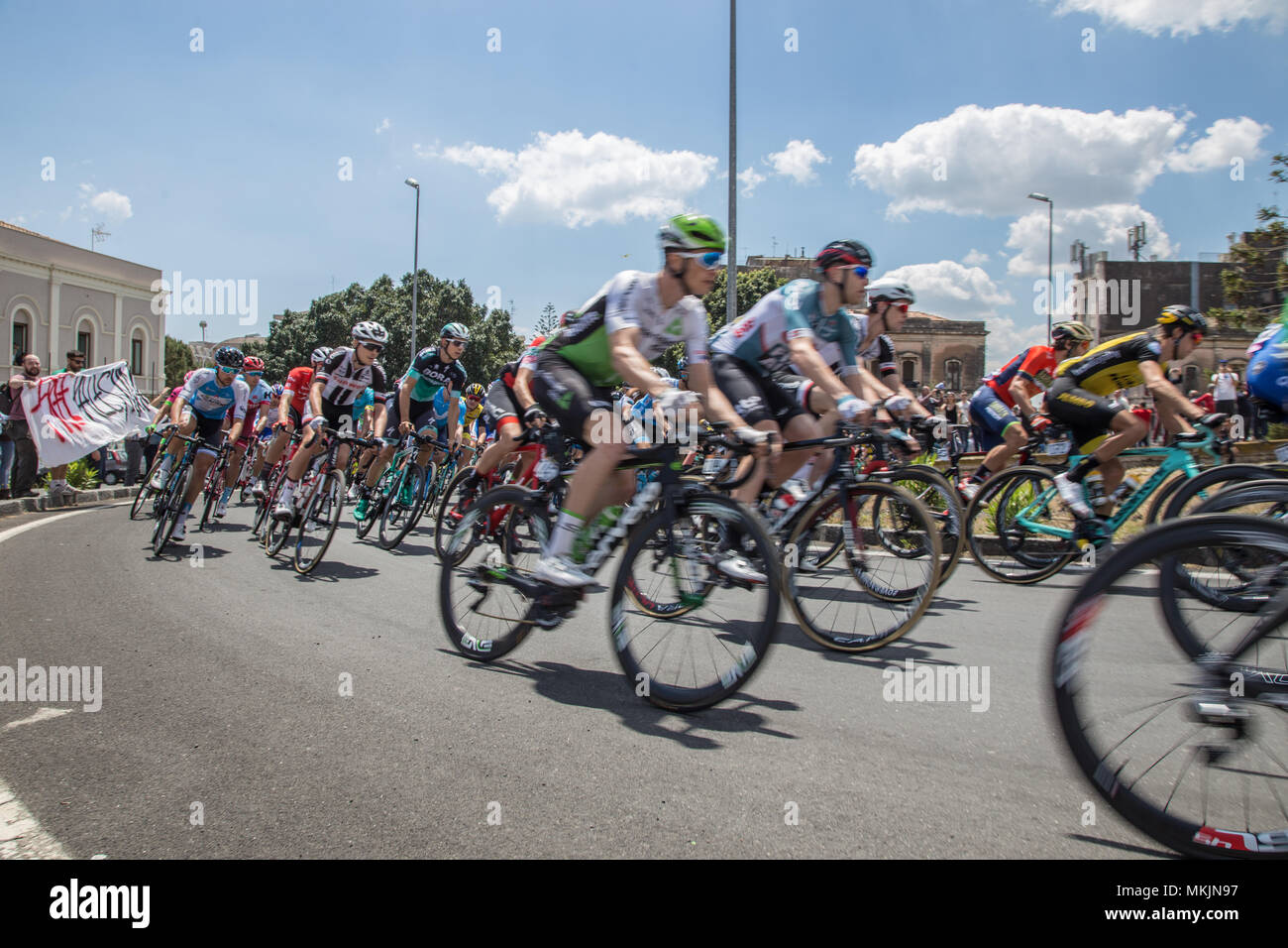 432ad0af2c Catania, 8 May 2018 - Giro d'Italia 2018 Credit: Wead/Alamy Live News