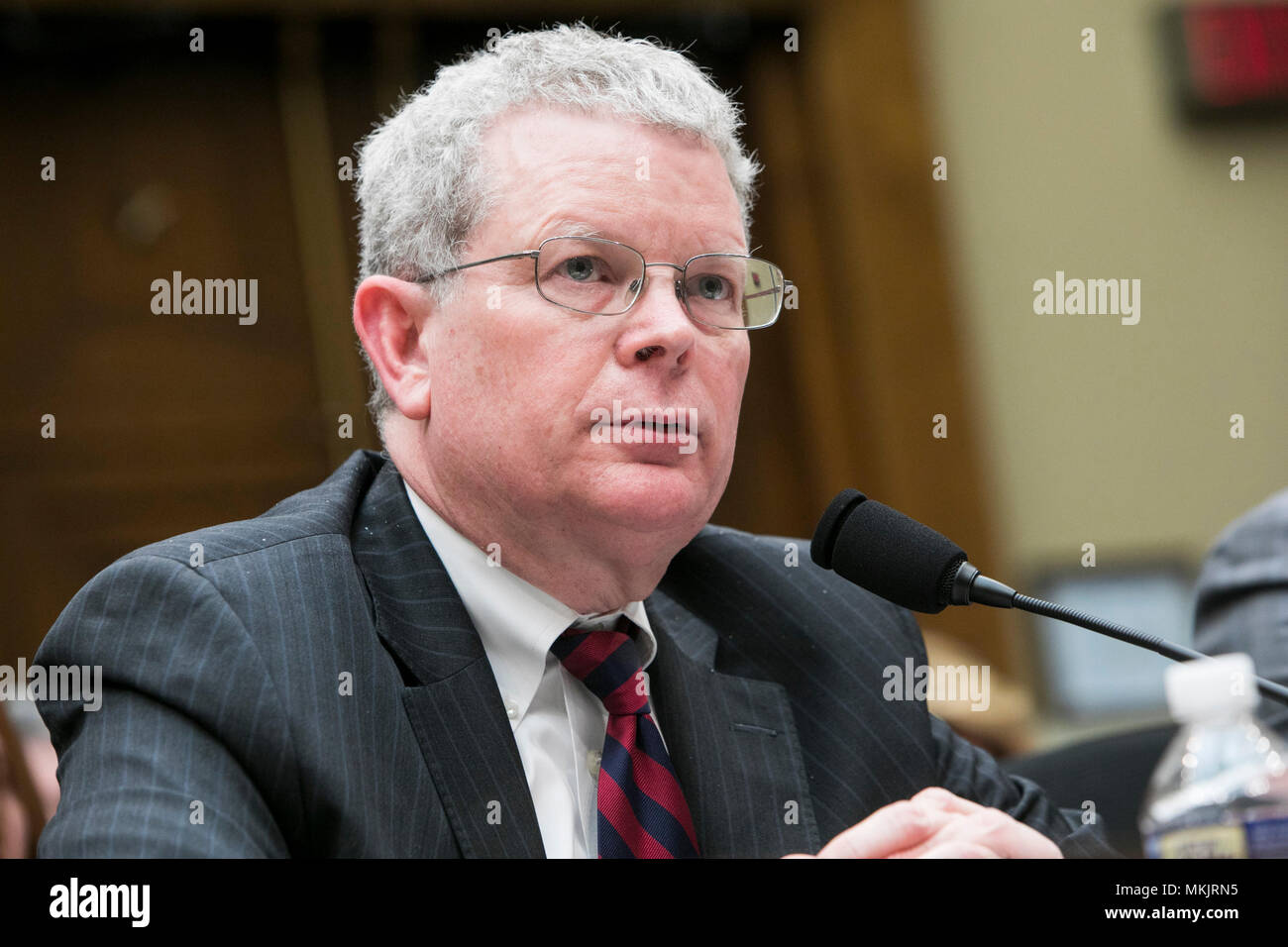 Washington, D.C., on May 8, 2018. J. Christopher Smith, Former President and CEO, H.D. Smith Wholesale Drug Company, testifies before the Committee on Energy and Commerce, Subcommittee on Oversight and Investigations during a hearing on the opioid epidemic in Washington, D.C., on May 8, 2018. Credit: Kristoffer Tripplaar/Alamy Live News - Stock Image