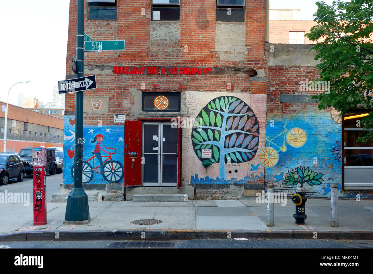 Rockaway Brewing Company LIC Tap Room, 46-01 5th St, Long Island City, NY. - Stock Image