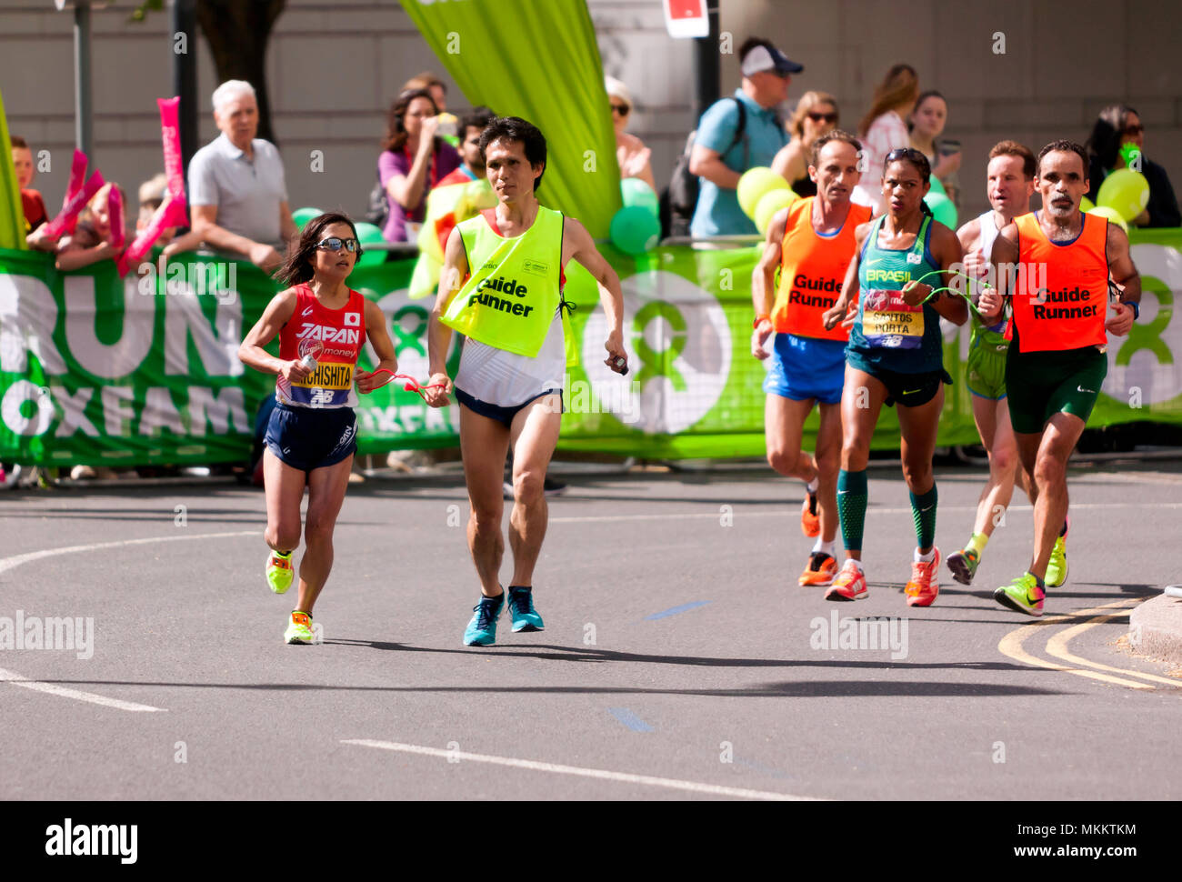 Misato Michisita (JPN)  and Edenusa  De Jesus Santos Dorta, (BRA),   competing in the World Para Athletics World Cup, Part of the 2018 London Marathon Stock Photo