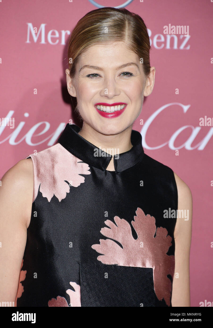 Rosamund Pike 033 at the  PSIFF-Palm Springs Int. Film Festival in Palm Spings Convention Center on January 3, 2015Rosamund Pike 033  Event in Hollywood Life - California,  Red Carpet Event, Vertical, USA, Film Industry, Celebrities,  Photography, Bestof, Arts Culture and Entertainment, Topix Celebrities fashion / one person, Vertical, Best of, Hollywood Life, Event in Hollywood Life - California,  Red Carpet and backstage, USA, Film Industry, Celebrities,  movie celebrities, TV celebrities, Music celebrities, Photography, Bestof, Arts Culture and Entertainment,  Topix, headshot, vertical, fro Stock Photo