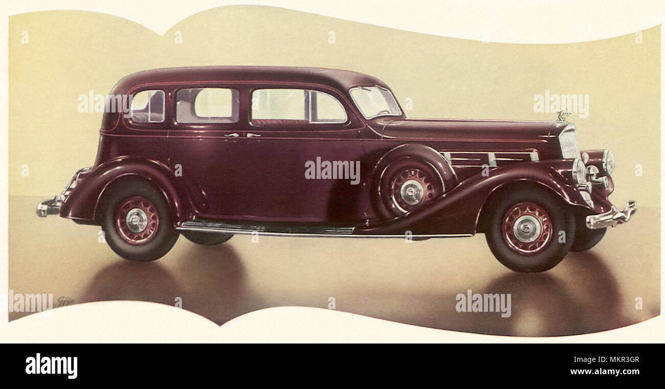 1935 Pierce Arrow Enclosed Drive Limousine - Stock Image