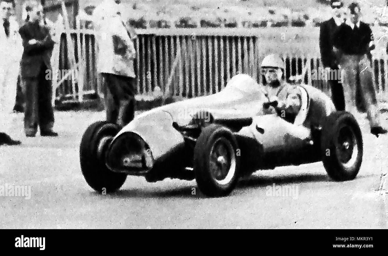 British motor racing champion Stirling Moss (Sir Stirling Craufurd Moss OBE) Winner of the London Trophy, Crystal Palace 1950s - Stock Image
