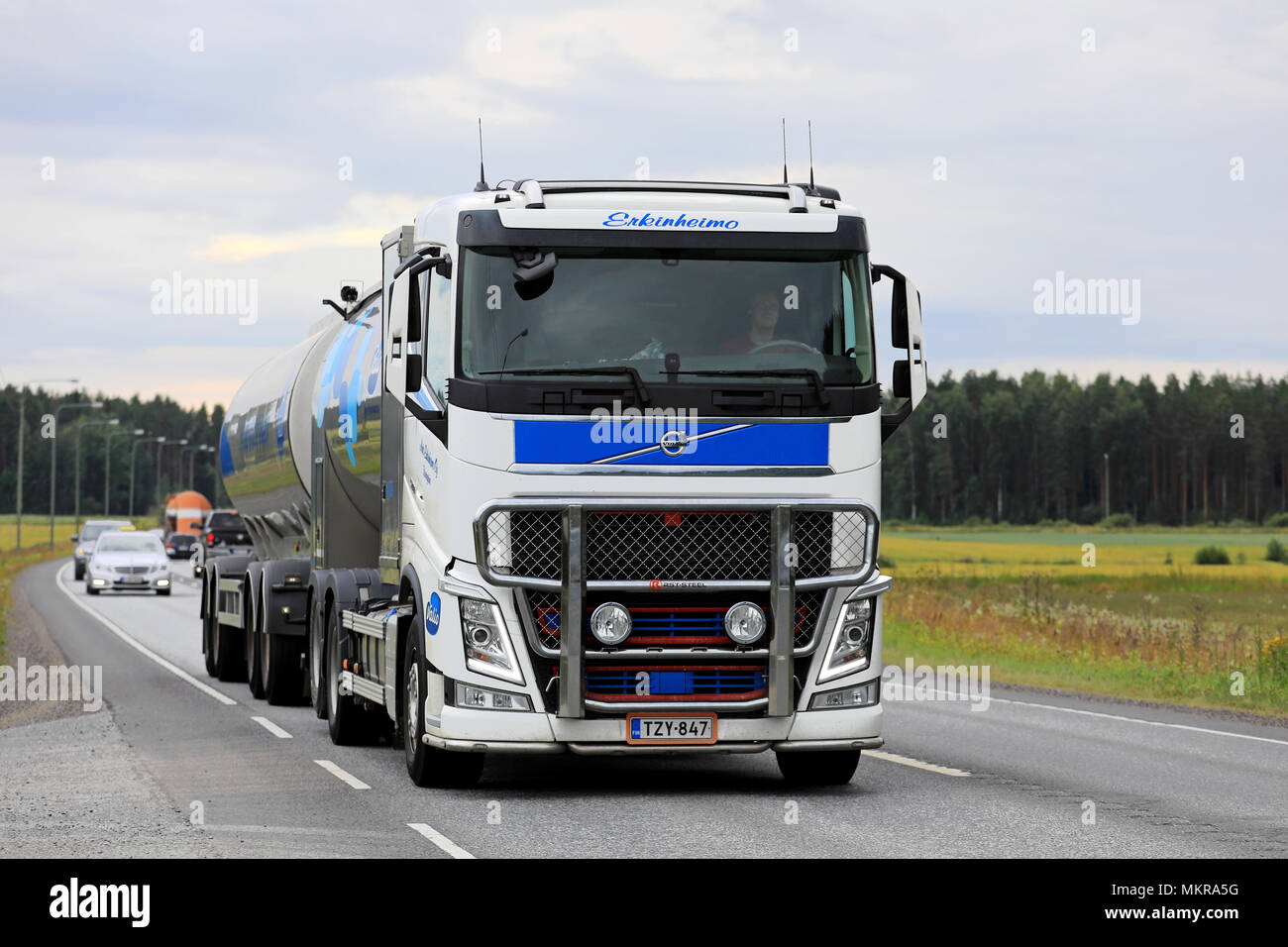 volvo fh 500 stock photos volvo fh 500 stock images alamy. Black Bedroom Furniture Sets. Home Design Ideas