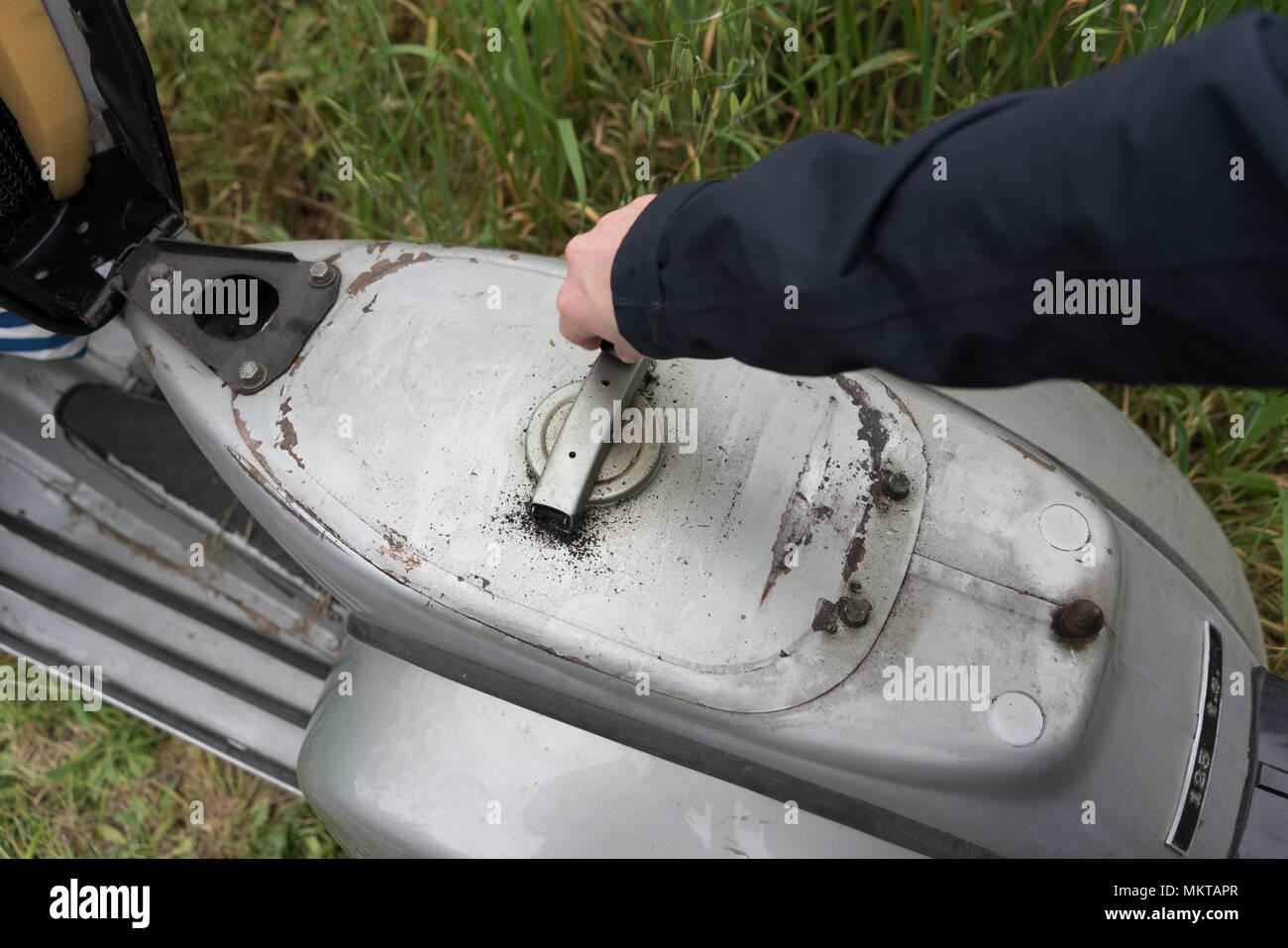 1974 Vespa 125 TS / Rally fuel tank - Stock Image