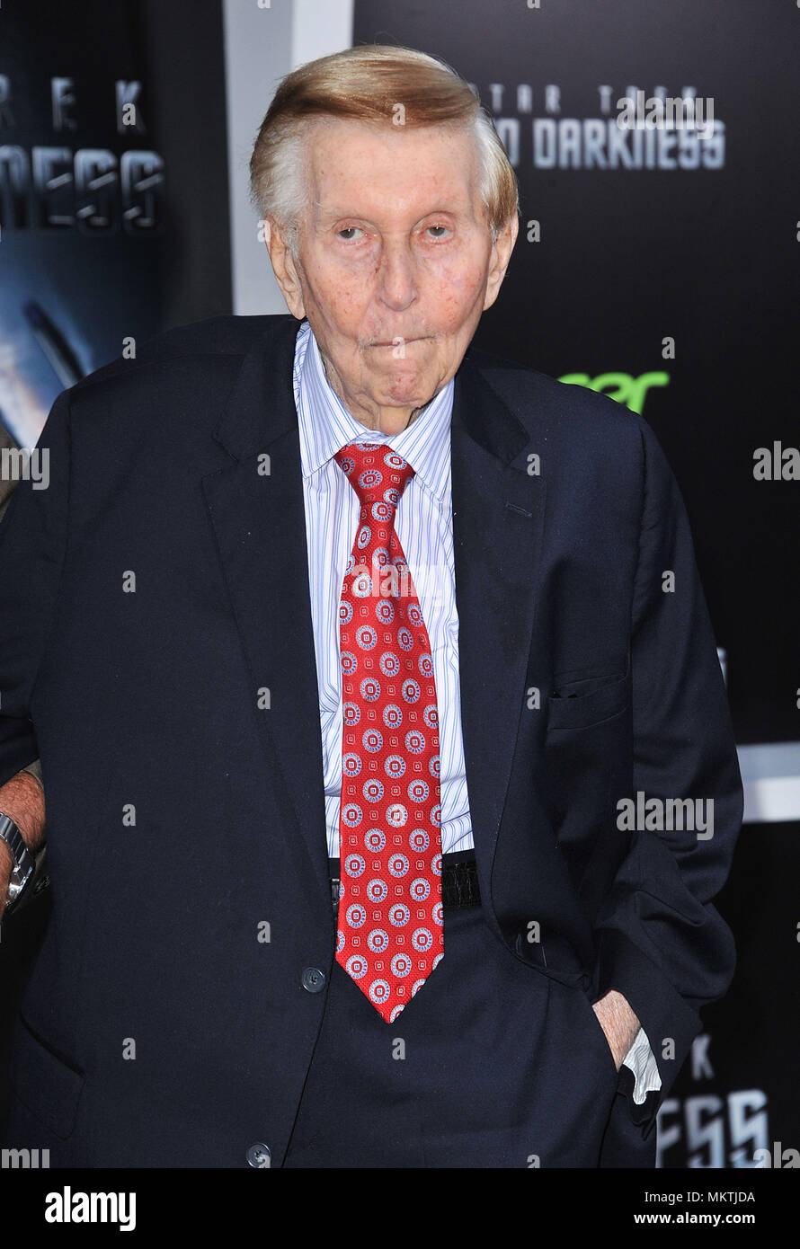 Sumner Redstone  arriving at Star Trek Into Darkness Premiere at the Dolby Theatre in Los Angeles.Sumner Redstone  Red Carpet Event, Vertical, USA, Film Industry, Celebrities,  Photography, Bestof, Arts Culture and Entertainment, Topix Celebrities fashion /  Vertical, Best of, Event in Hollywood Life - California,  Red Carpet and backstage, USA, Film Industry, Celebrities,  movie celebrities, TV celebrities, Music celebrities, Photography, Bestof, Arts Culture and Entertainment,  Topix, headshot, vertical, one person,, from the year , 2013, inquiry tsuni@Gamma-USA.com - Stock Image
