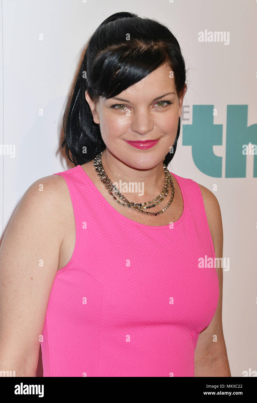 Pauley Perrette  at the 5th Ann. Thirst Gala at the Beverly Hilton in Los Angeles. Pauley Perrette 032 Red Carpet Event, Vertical, USA, Film Industry, Celebrities,  Photography, Bestof, Arts Culture and Entertainment, Topix Celebrities fashion /  Vertical, Best of, Event in Hollywood Life - California,  Red Carpet and backstage, USA, Film Industry, Celebrities,  movie celebrities, TV celebrities, Music celebrities, Photography, Bestof, Arts Culture and Entertainment,  Topix, headshot, vertical, one person,, from the year , 2014, inquiry tsuni@Gamma-USA.com - Stock Image