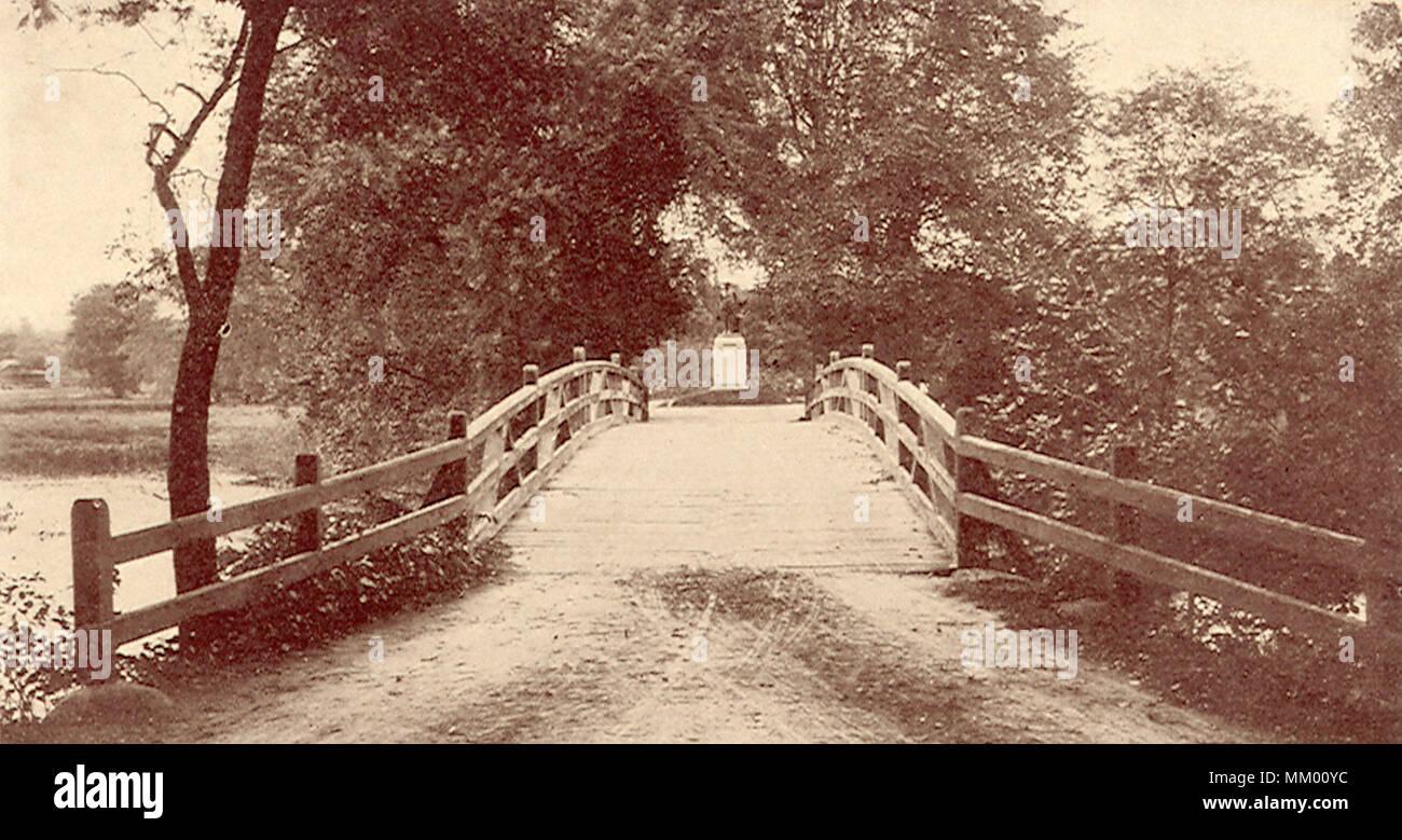 Bridge and Concord Minute Man Statue.  1940 Stock Photo
