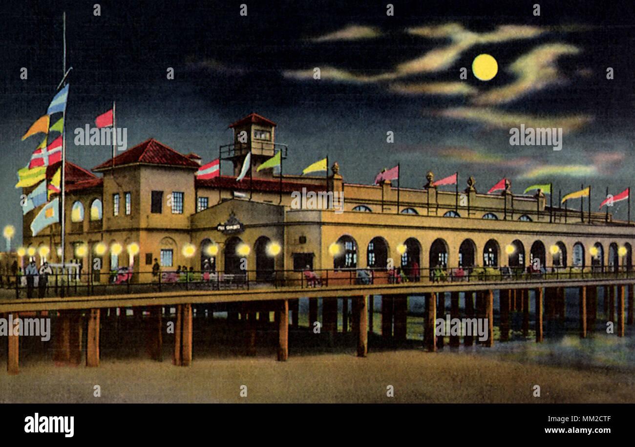 Garden City Pier Stock Photos & Garden City Pier Stock Images - Alamy