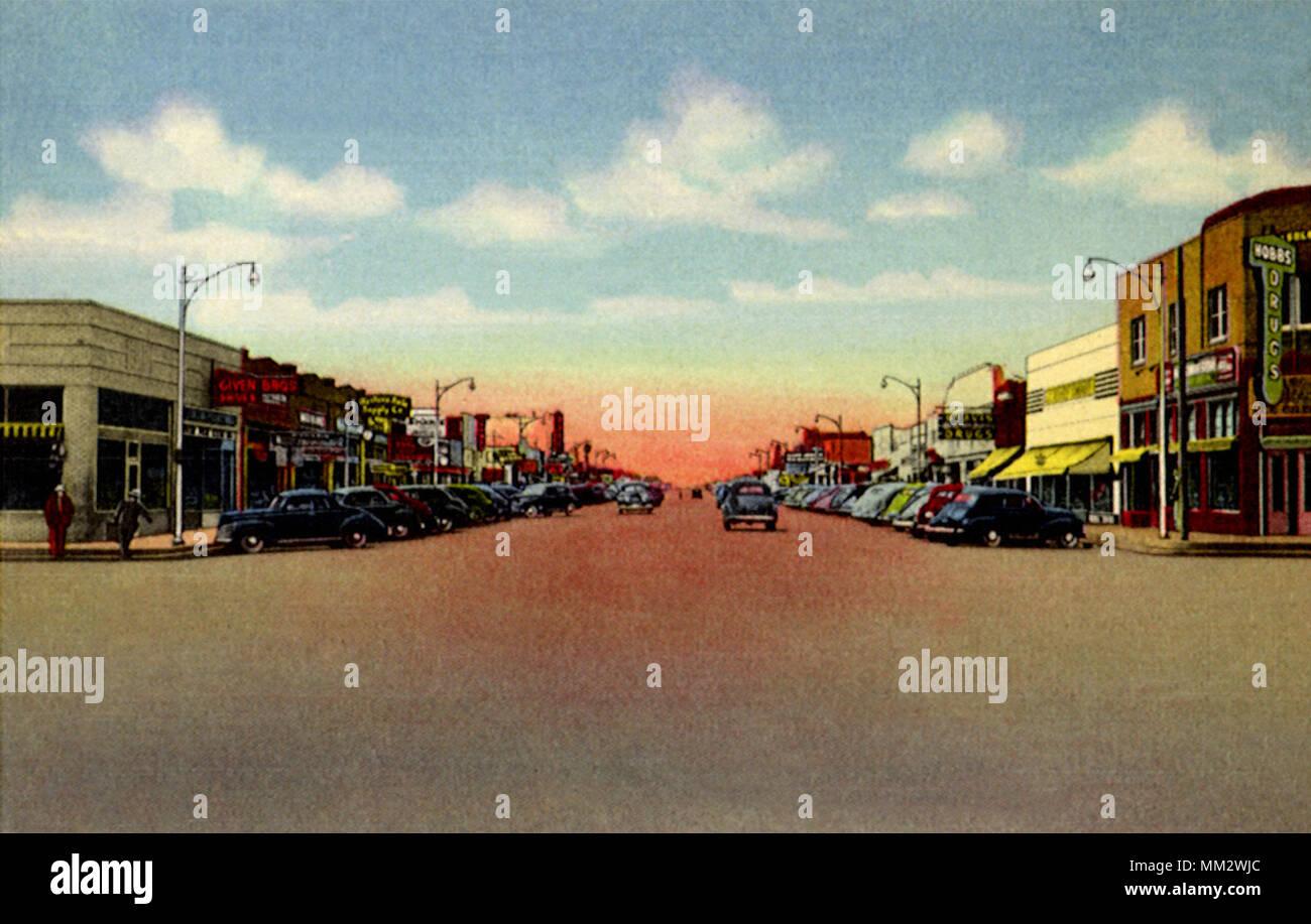 Broadway Looking West. Hobbs. 1945 - Stock Image