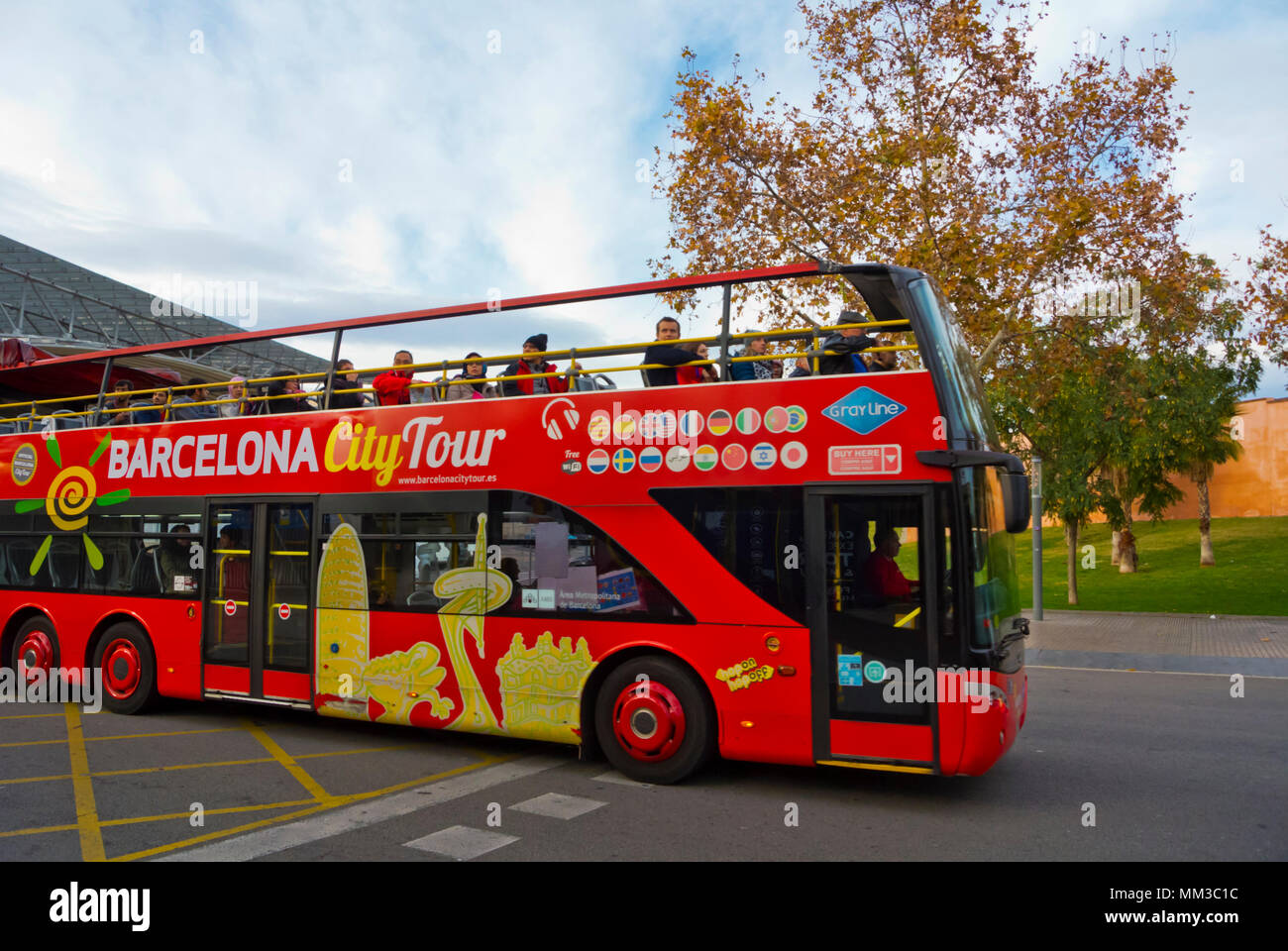 Barcelona City Tour, sightseeing bus passing Camp Nou stadium, Barcelona, Catalonia, Spain - Stock Image