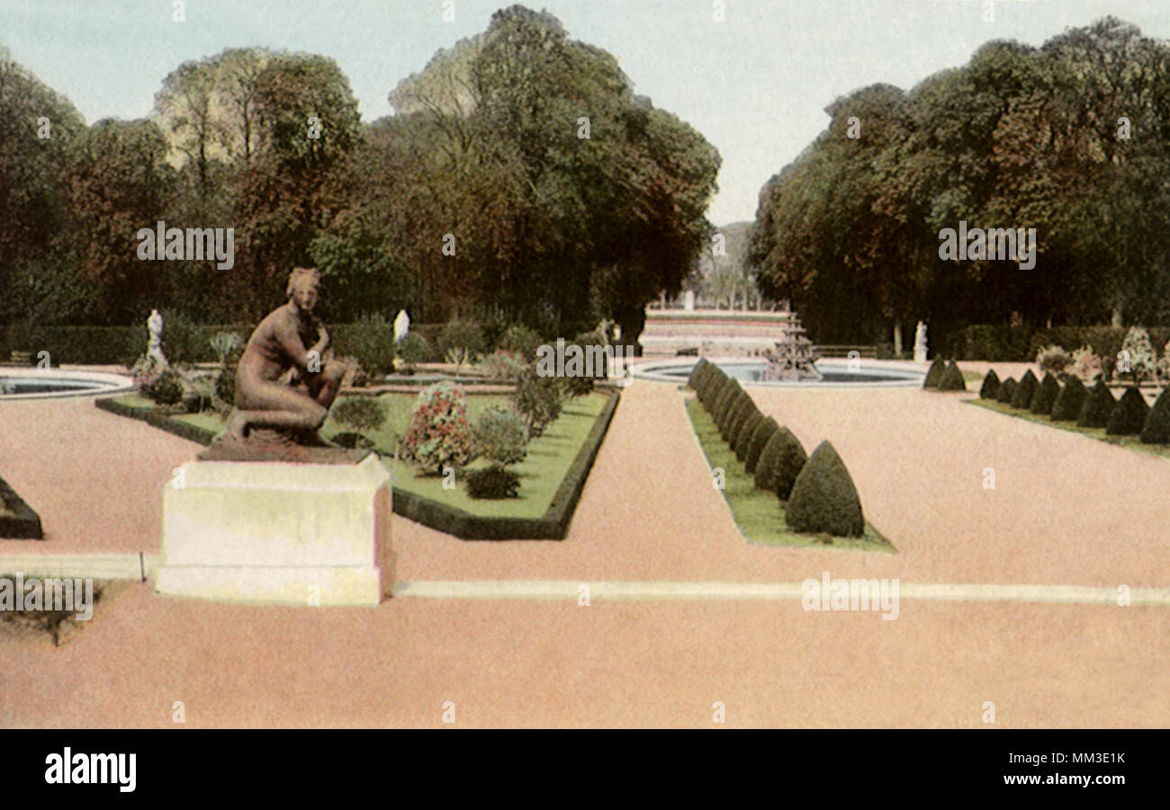 North Gardens. Versailles. 1930 Stock Photo: 184473679 - Alamy