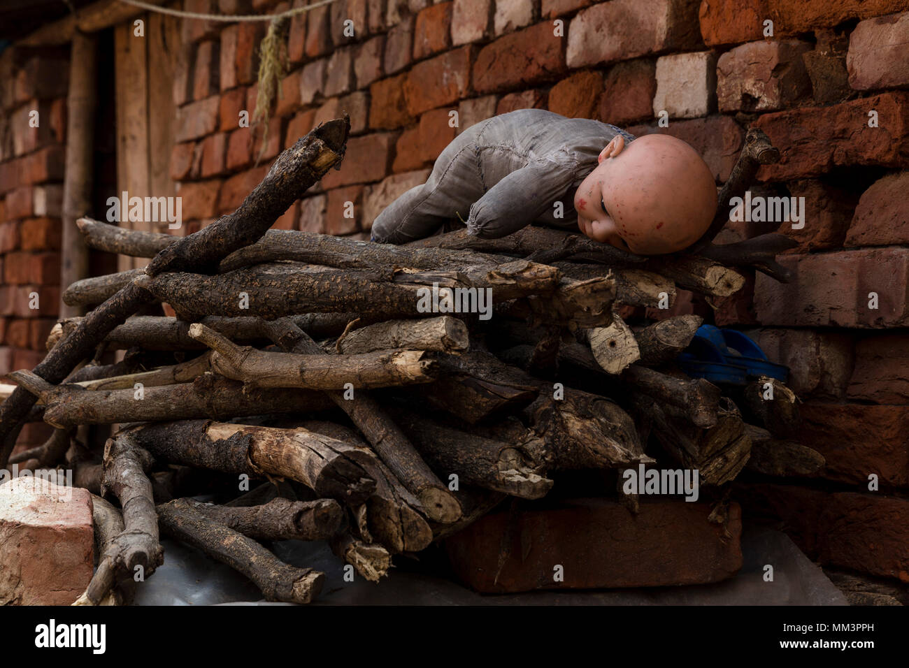 Shack in a brick factory, West Bengal, India - Stock Image