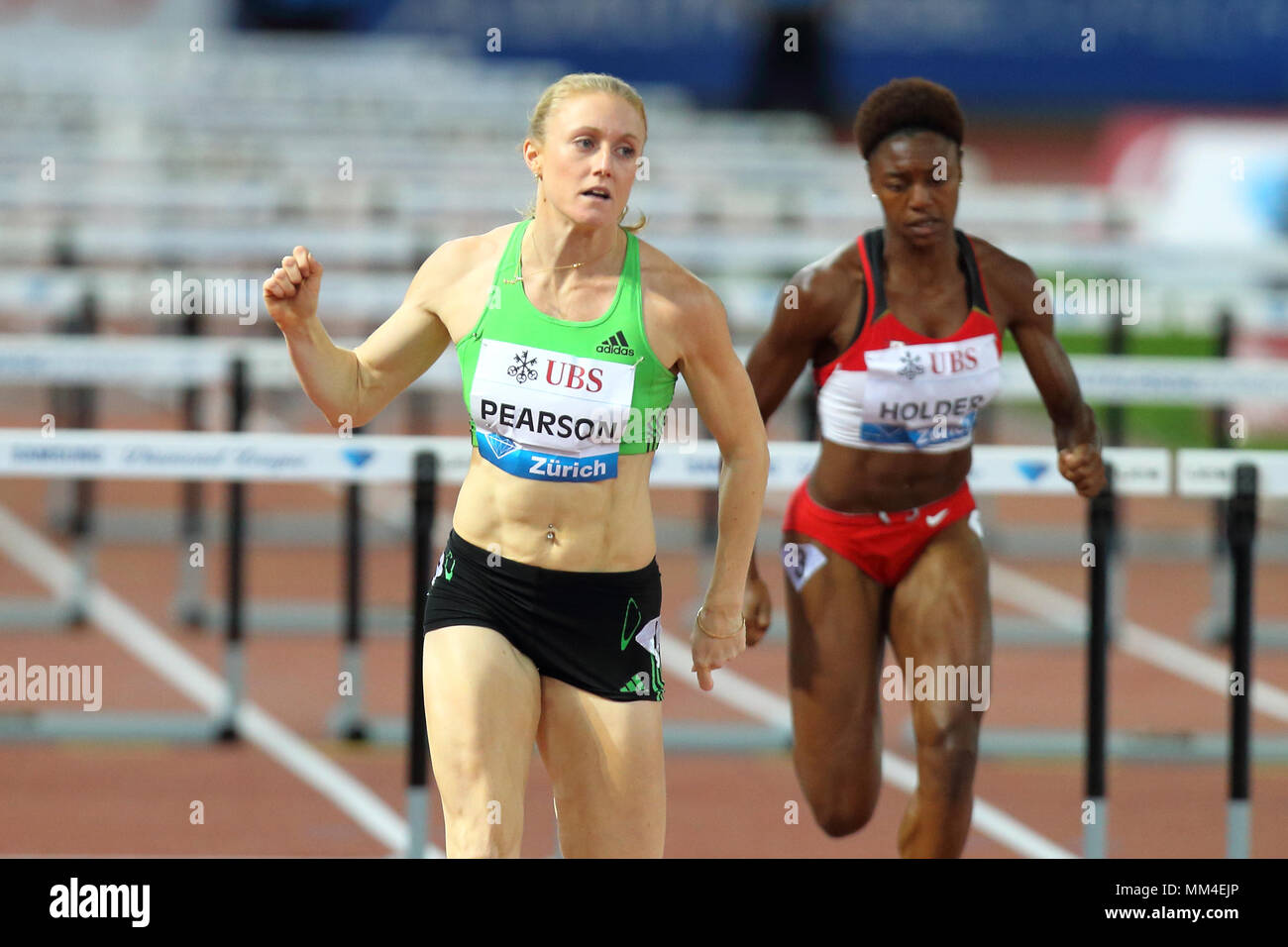 Zurich, Switzerland. 08th, Sep 2011. Australian's Sally Person compete in the final of the Women's 100m hurdle during the IAFF Diamond League Meeting  Stock Photo