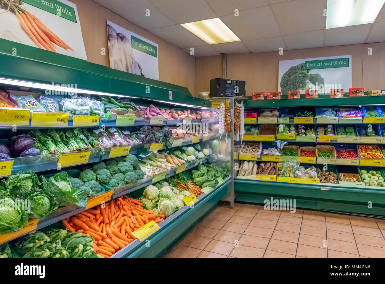 Grand display of fruit and vegetables, Bartlett and white greengrocers Ramsgate Stock Photo