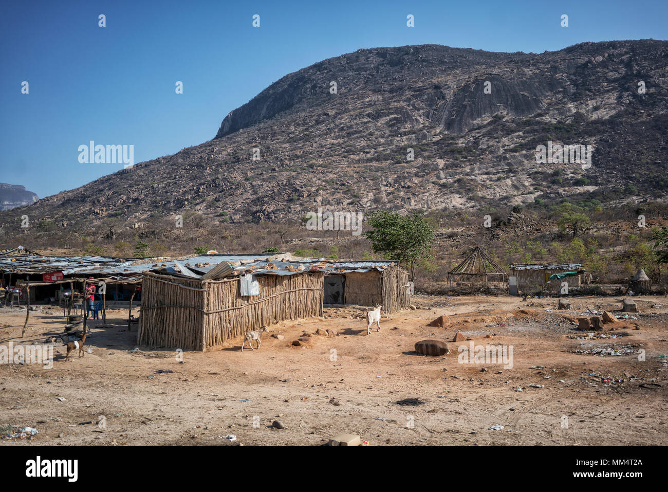 NAMIBE/ANGOLA - 27OCT2017 - African street market, next to the road that goes to Lubango. - Stock Image