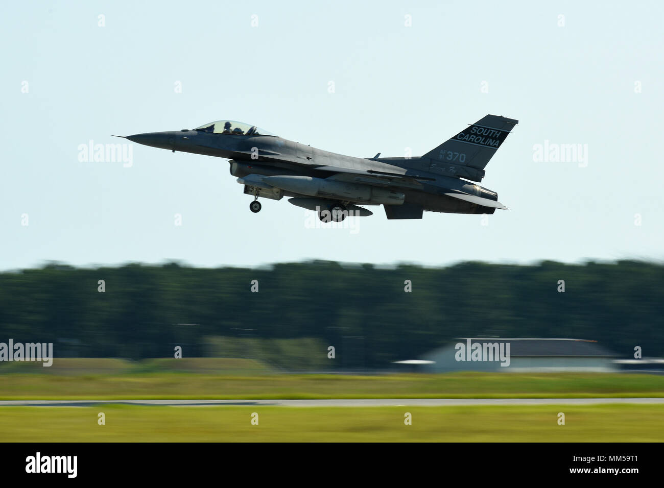 U S  Air Force F-16 Fighting Falcon fighter jets from the