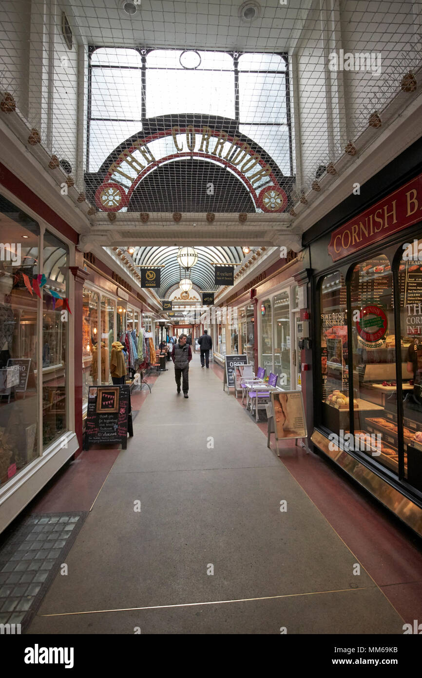 The corridor shopping arcade Bath England UK. It is one of the worlds earliest retail arcades - Stock Image