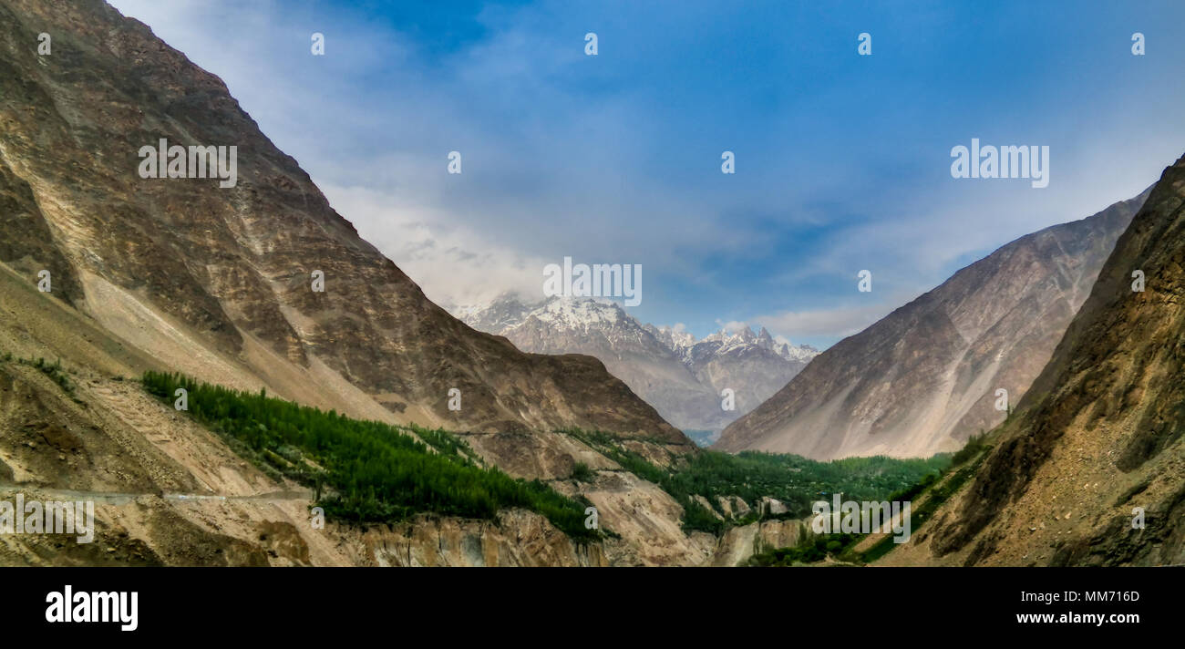 Panorama of Karimabad and Hunza valley, Gilgit-Baltistan, Pakistan - Stock Image