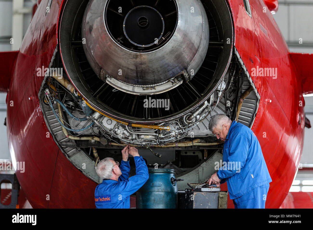 Kazan Russia May 10 2018 Workers Of Tulpar Technic A Aircraft Parts On Components Subsidiary Aero Group Carry Out Maintenance An In Hangar