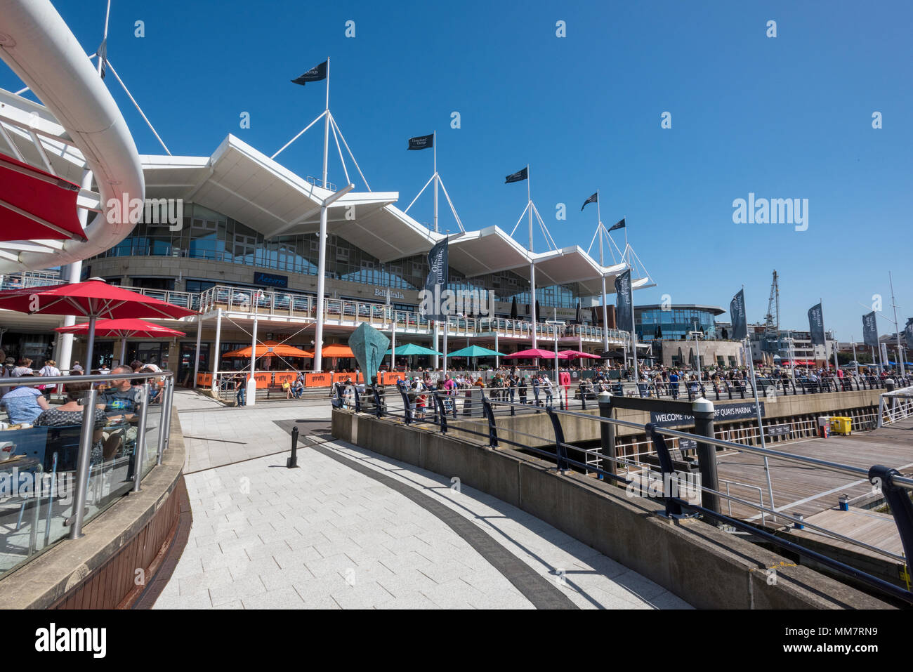 the restaurants and bars with shopping designer outlets at gunwharf ...