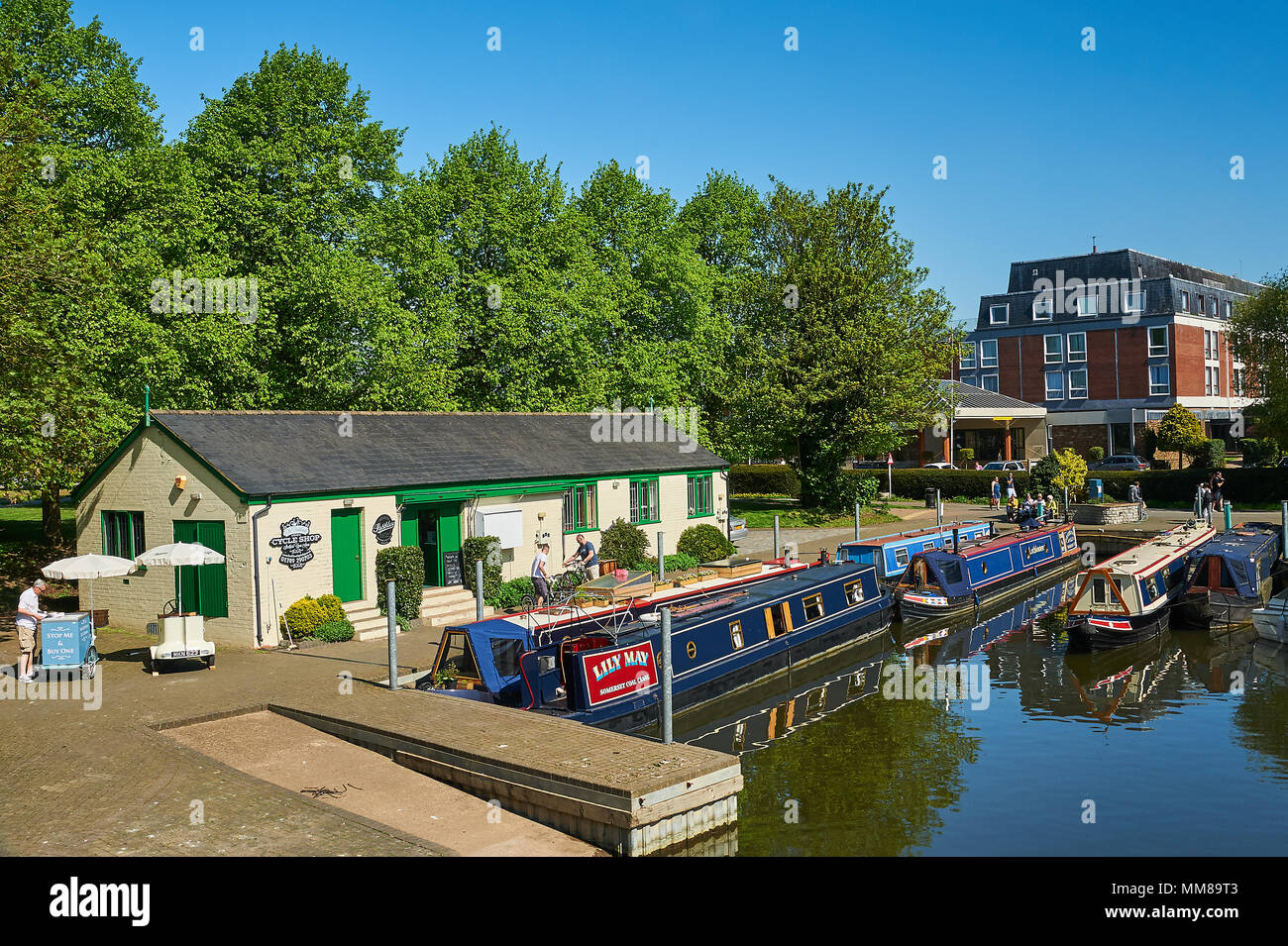 Stratford upon Avon and canal narrowboats moored on the River Avon in the centre of the town. - Stock Image