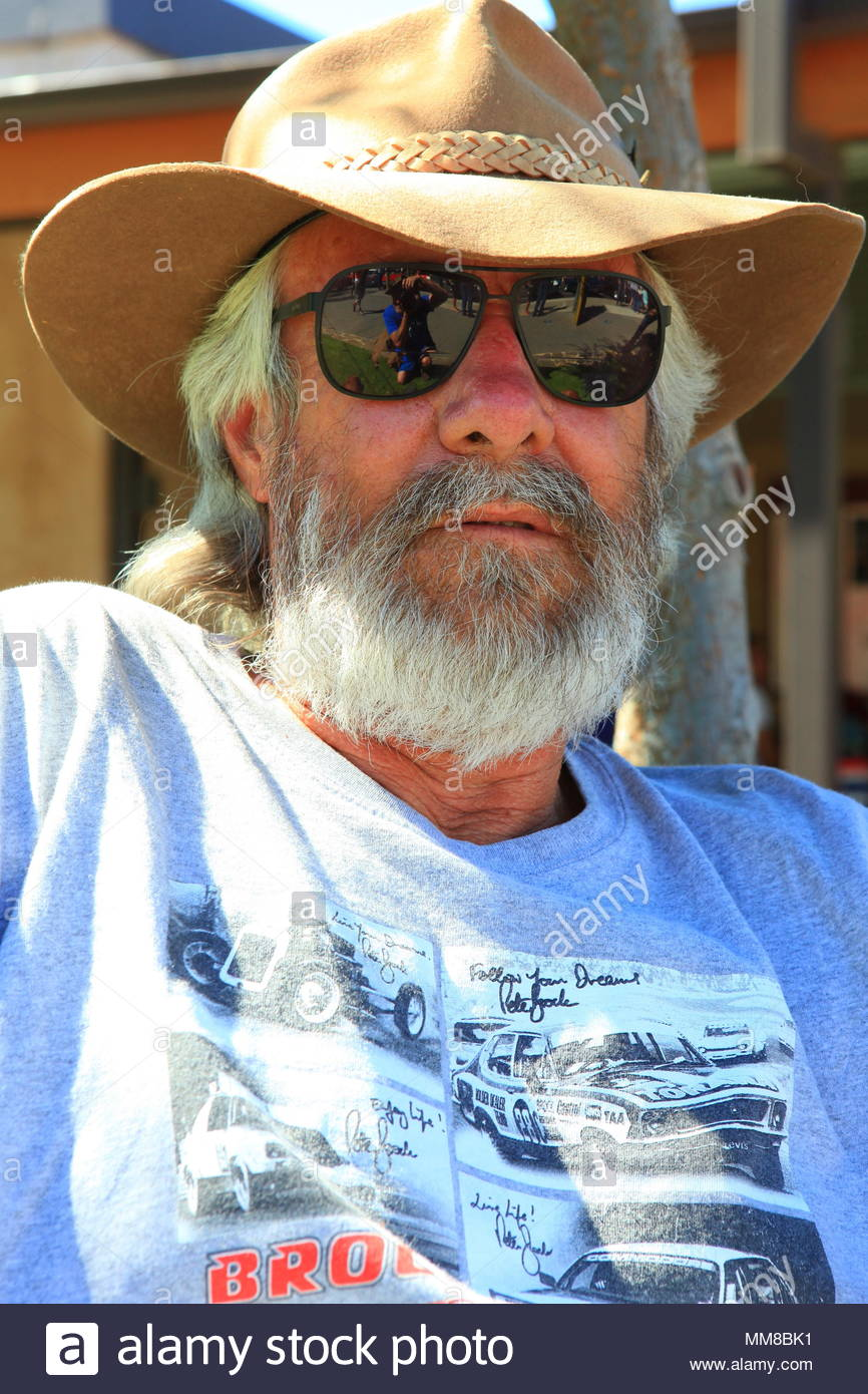 fb46a783a6 An Australian Man With Long Beard Posing In Hat And Sunglasses In Evening  Sunlight At Tanunda