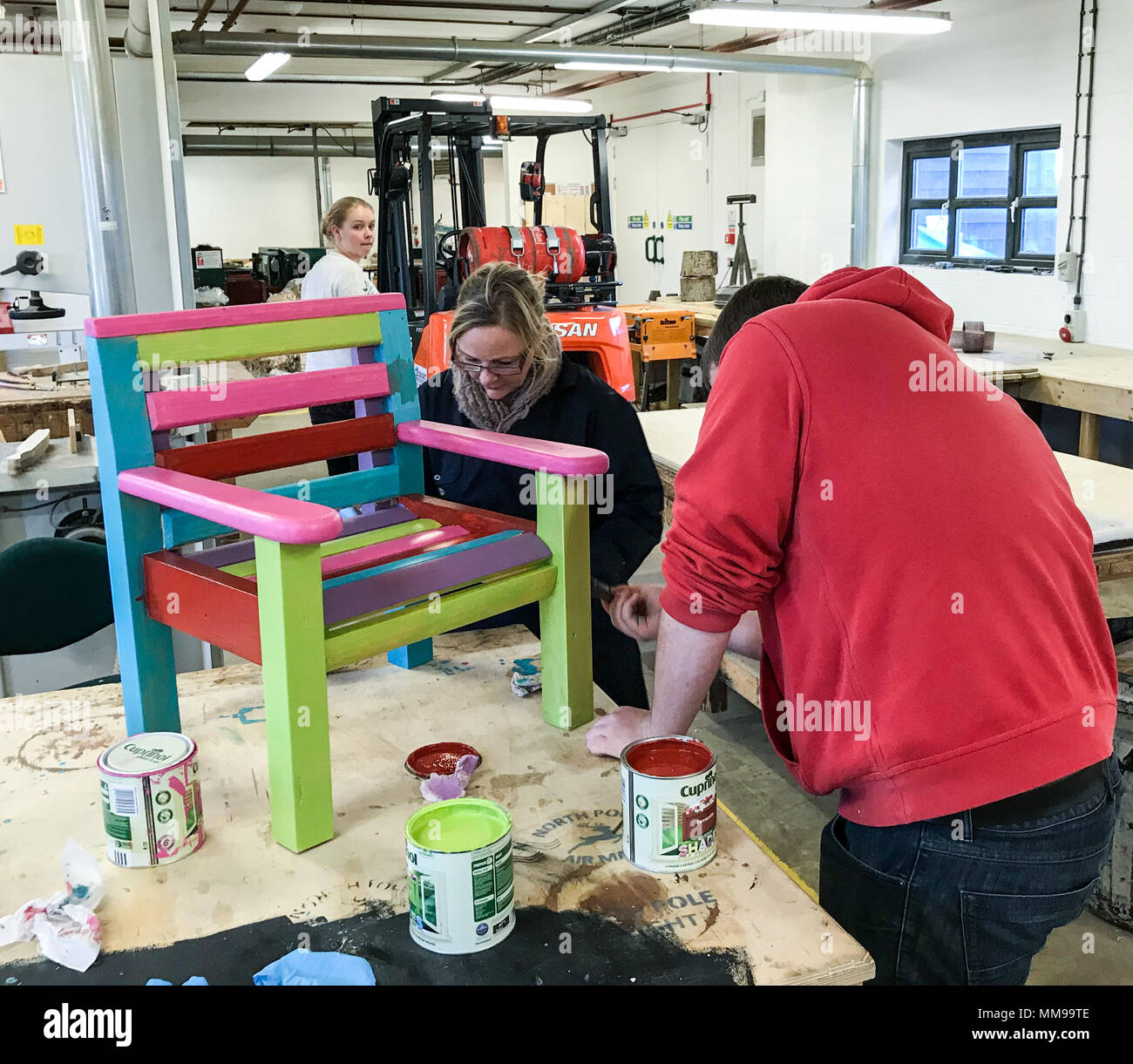RAW Workshop making furniture, woodworking charity, Blackbird Leys, reclaimed woodworkers - Stock Image