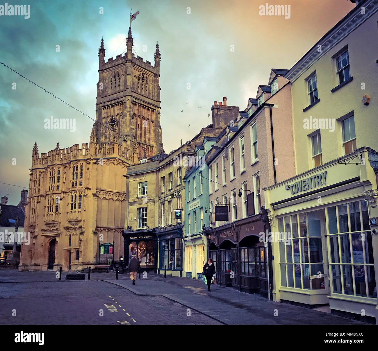 Early morning Cirencester market town centre, Cotswolds, England, UK - Stock Image