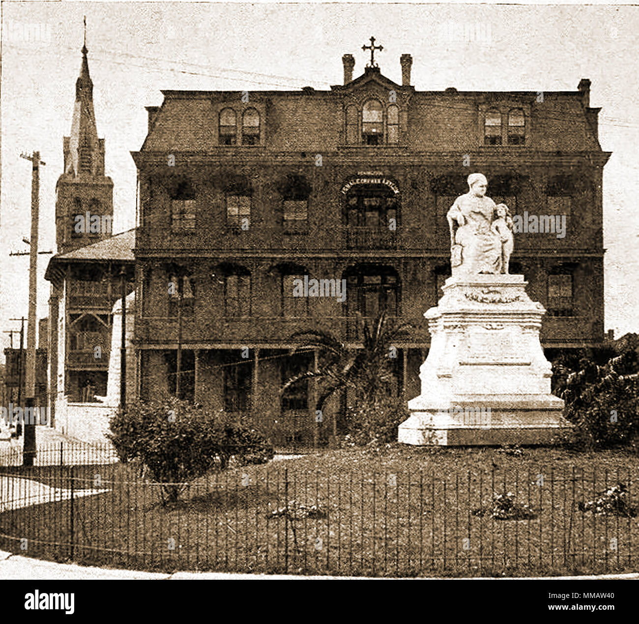 A 1914 photograph of the statue of Margaret Haughery nee Gaffney or Goffney  'New Orleans Margaret' - A philanthropist born Ireland 1814. When widowed in the USA  used the proceeds from and the products of her dairy and bakery to provide for people in need during Yellow Fever epidemics and supported orphanages - 1st woman in America to be commemorated by statue and known as 'The Bread Woman of New Orleans2 - Stock Image