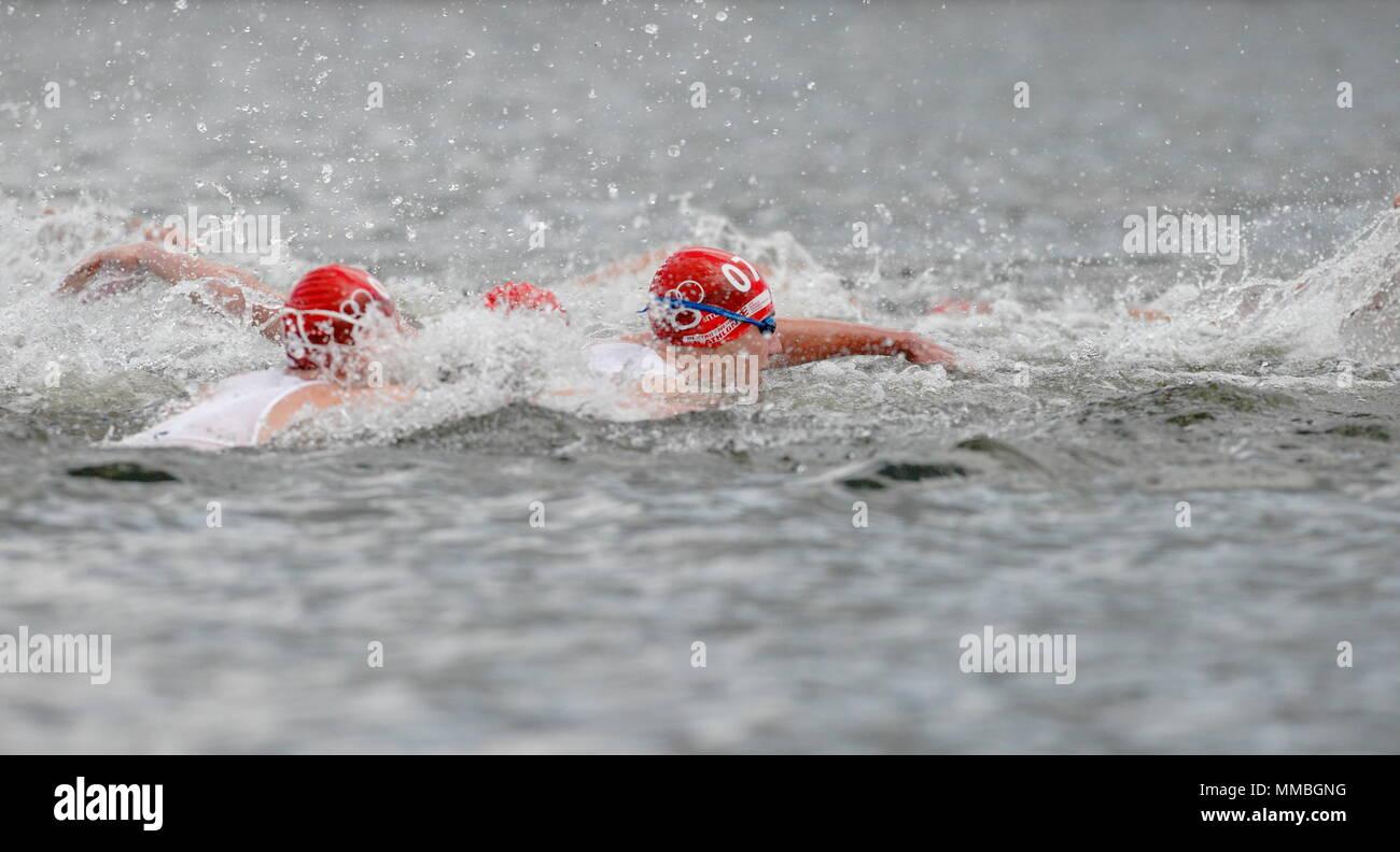 UK - Triathlon - Pool Stage - Alistair Brownlee, Elite Men ITU World Championship Dextro Energy Triathlon London, 7 August 2011 - Stock Image