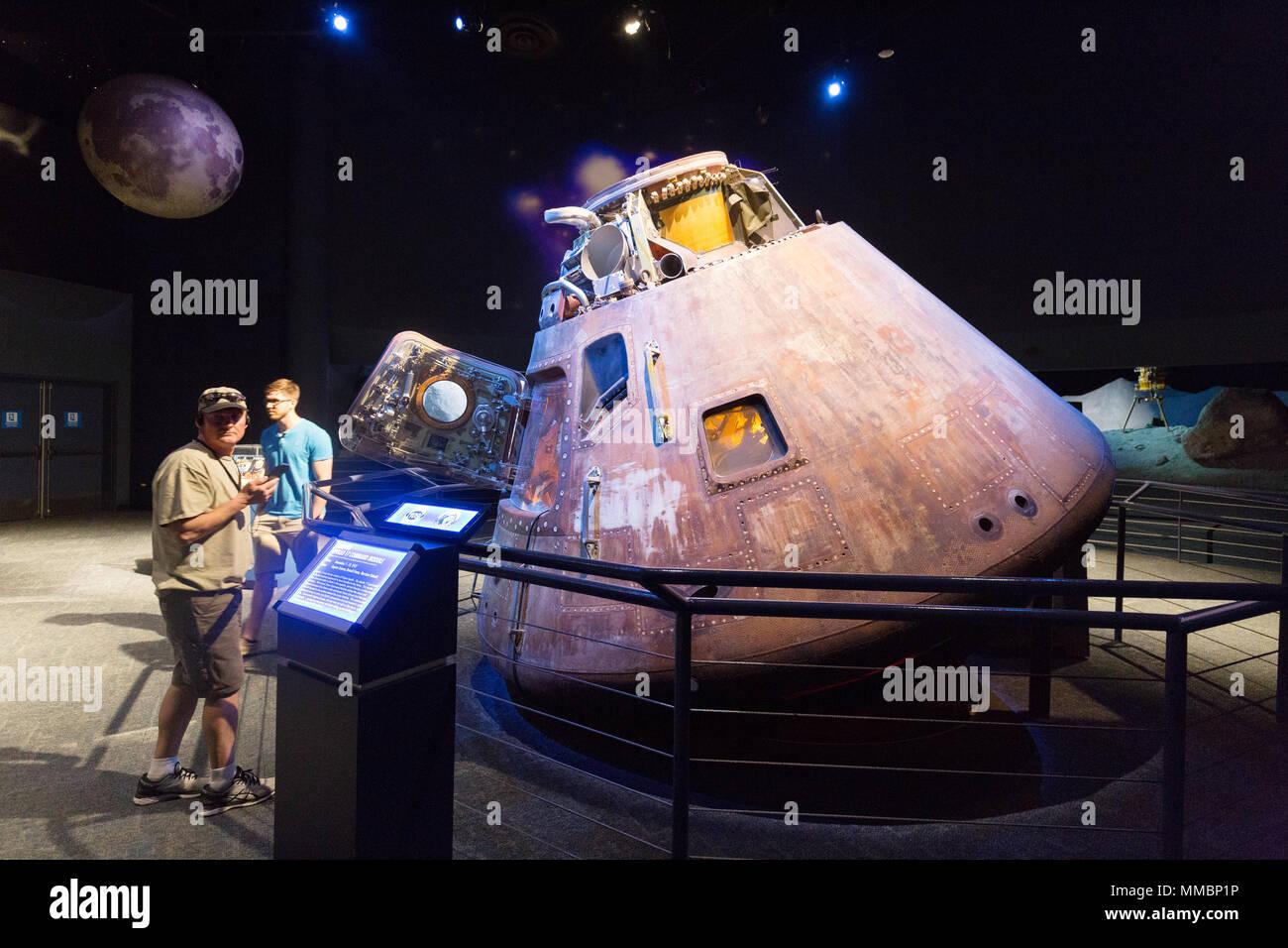 spacecraft manned lunar - photo #27