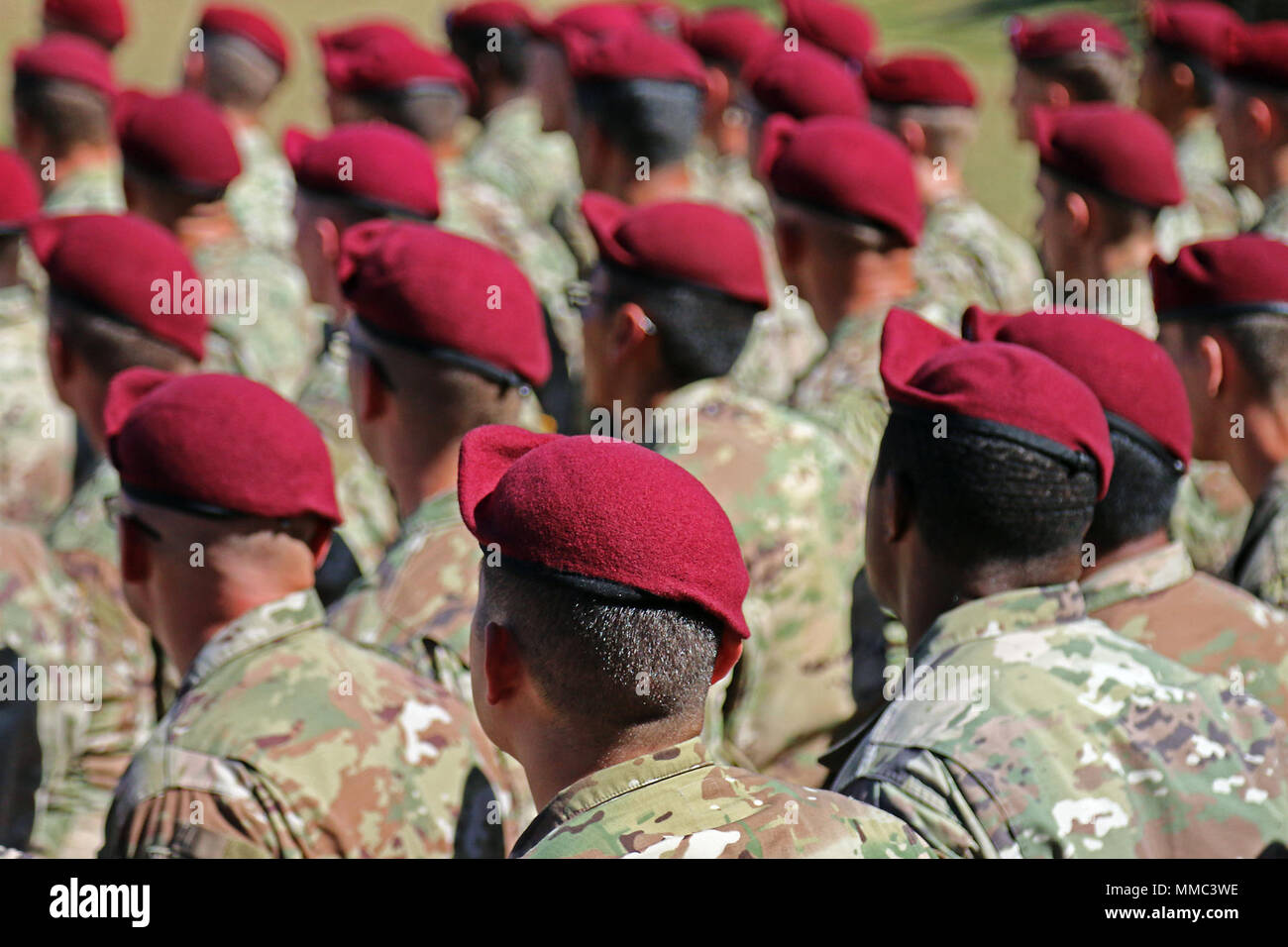 062685d1 New 82nd Airborne Division Paratroopers wear maroon berets for the first  time during the Airborne Integration
