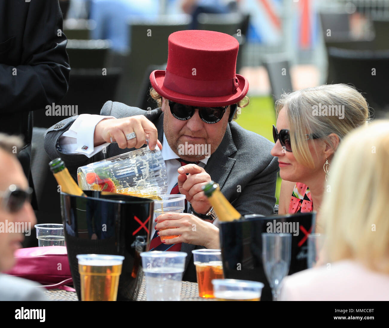Chester Racecourse, Chester, UK. 10th May, 2018. The Boodles May Festival, Ladies Day; Racegoers enjoying the day at Chester races Credit: Action Plus Sports/Alamy Live News - Stock Image