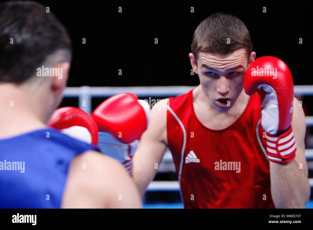 Profesional vs amateur olympics