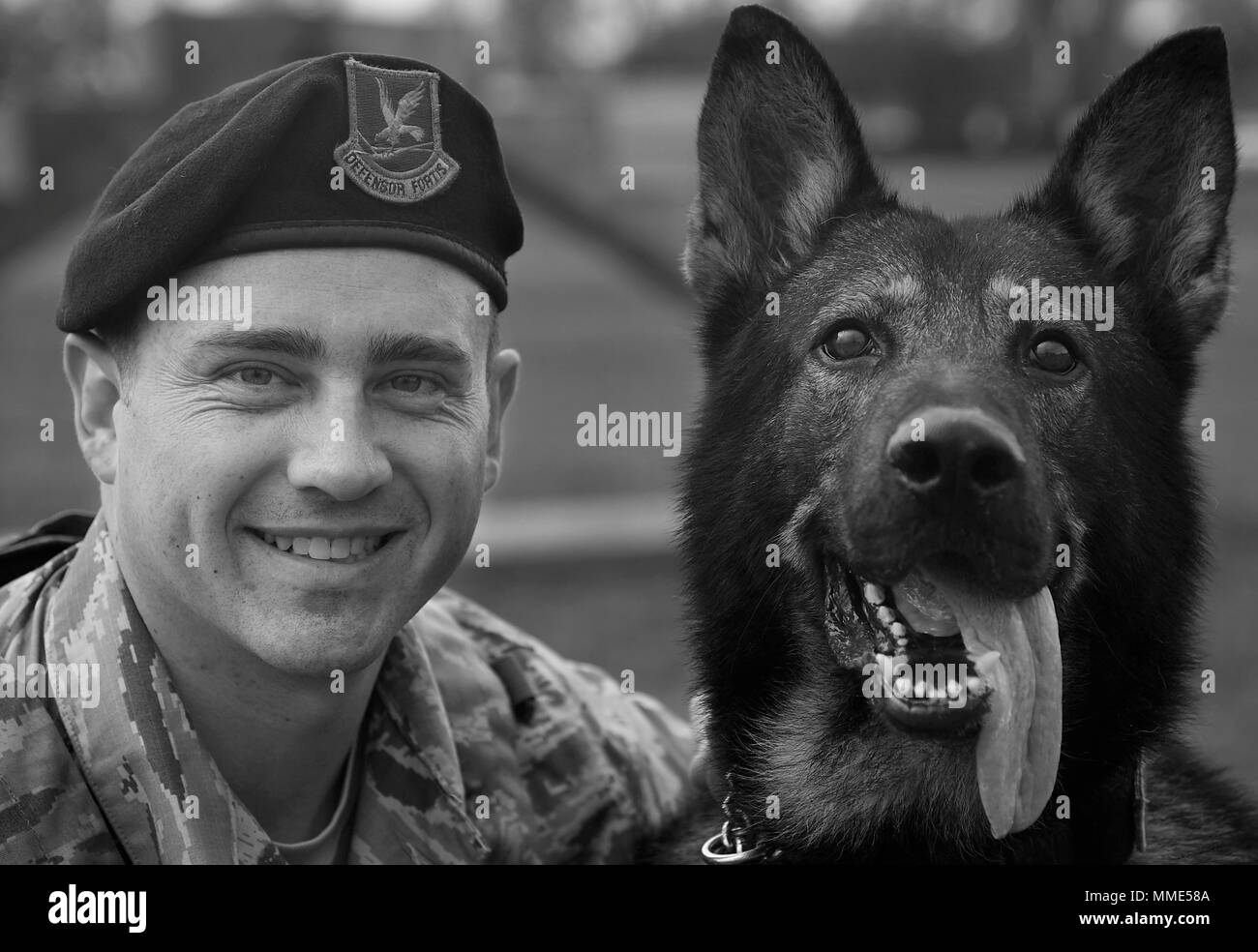 Military Working Dog Handlers 1st Stock Photos Amp Military