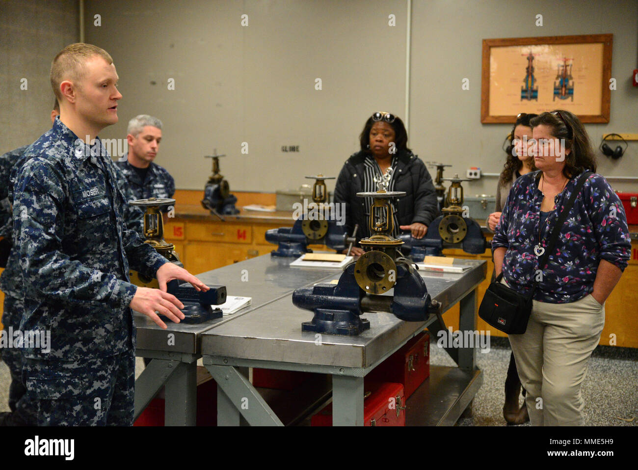 surface warfare officer stock photos surface warfare officer stock rh alamy com Surface Warfare Officer School Surface Warfare Officer Logo