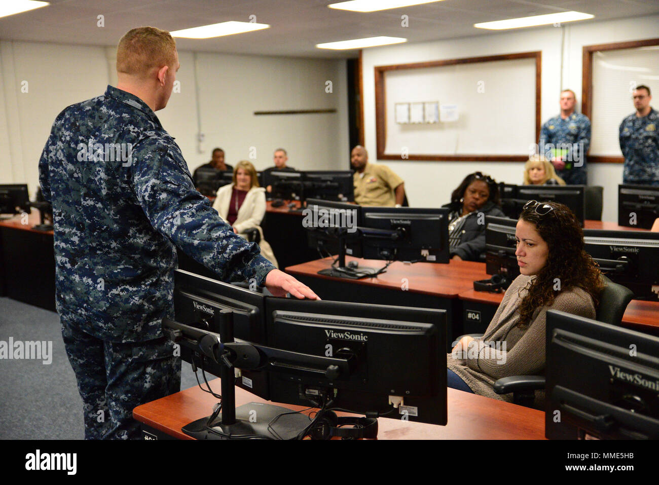 surface warfare officer stock photos surface warfare officer stock rh alamy com Surface Warfare Officer Resume Surface Warfare Officer Pin
