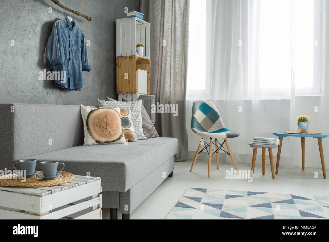 Modern Interieur Wit : Modern minimalistic living room interior in shades of cyan with