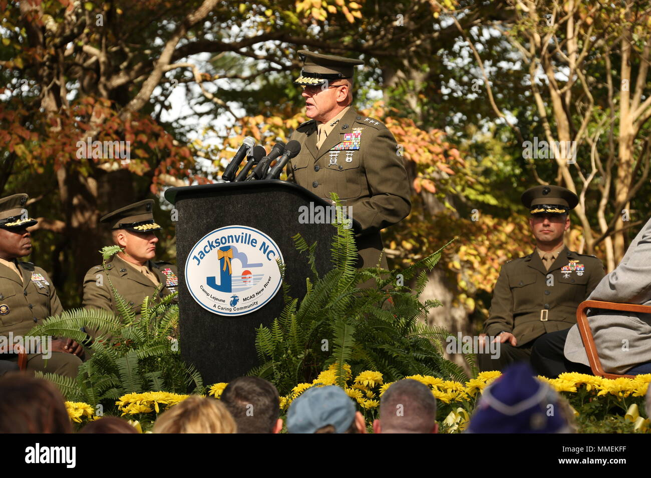 U.S. Marine Corps Lt. Gen. Robert F. Hedelund, commanding general ...