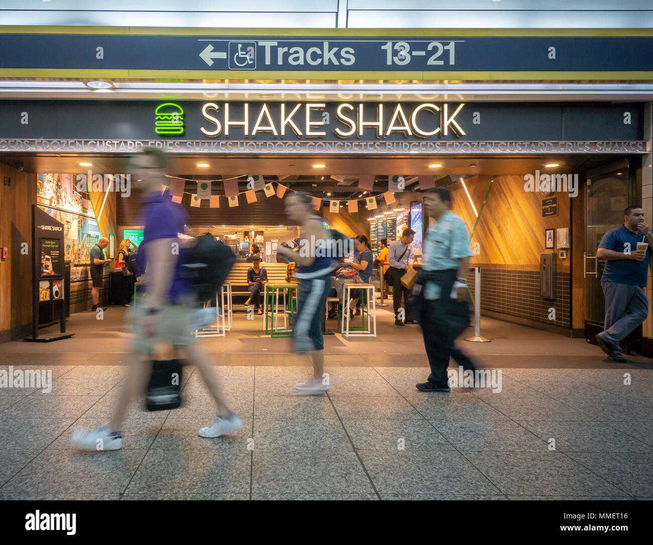 An outpost of the popular Shake Shack chain in Pennsylvania Station in New York on Friday, may 4, 2018. The fast casual purveyor of burgers reported first-quarter earnings that beat analysts' expectations. (© Richard B. Levine) Stock Photo